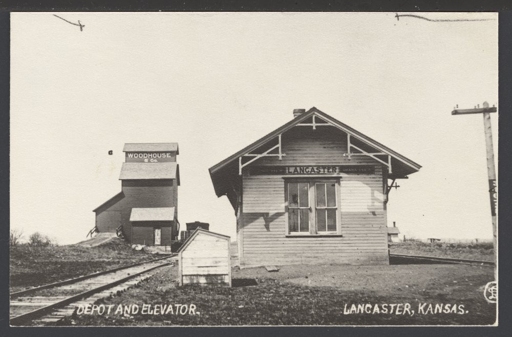 MP depot and grain elevator