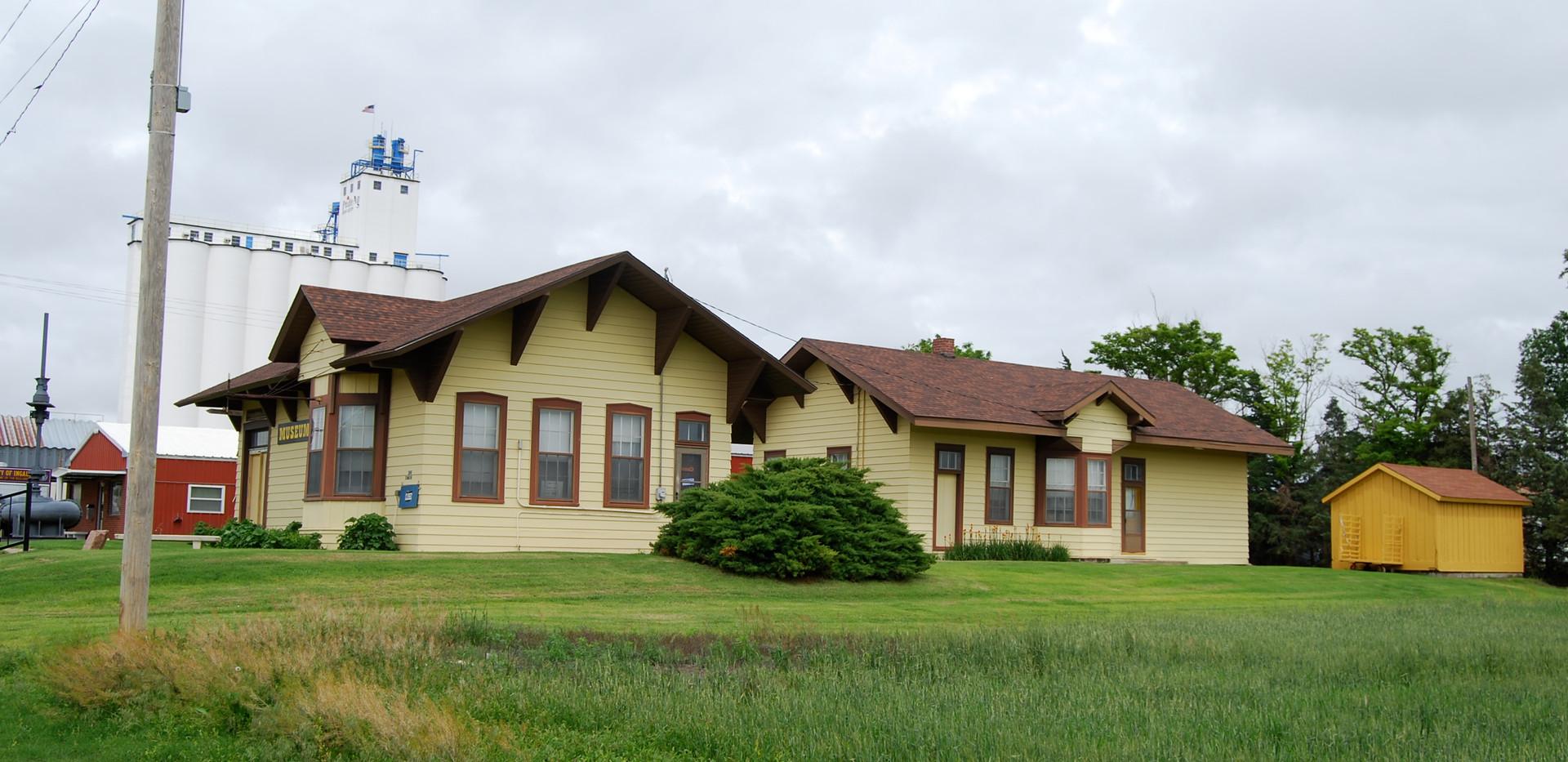 ATSF depots- Ingalls(L) & Montezuma(R)