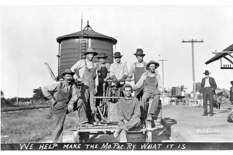 MP water tank & M.O.W. gang