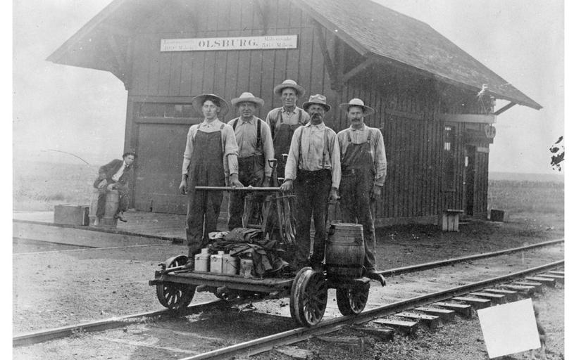 LKW depot & track crew
