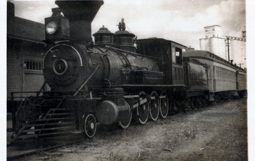 ATSF depot w/ ATSF no.1