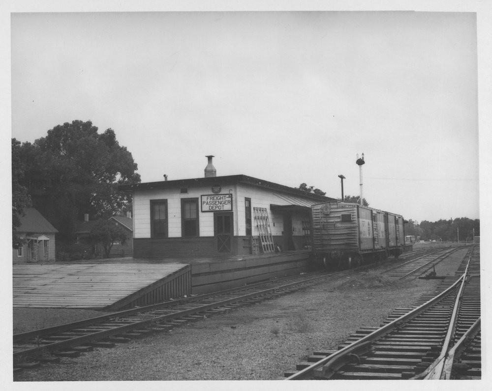 MP freight/passenger depot