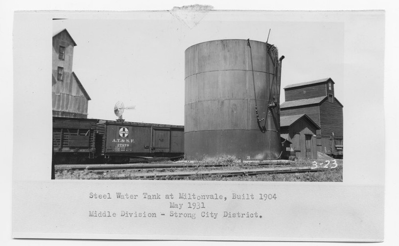 ATSF water tank and pump house
