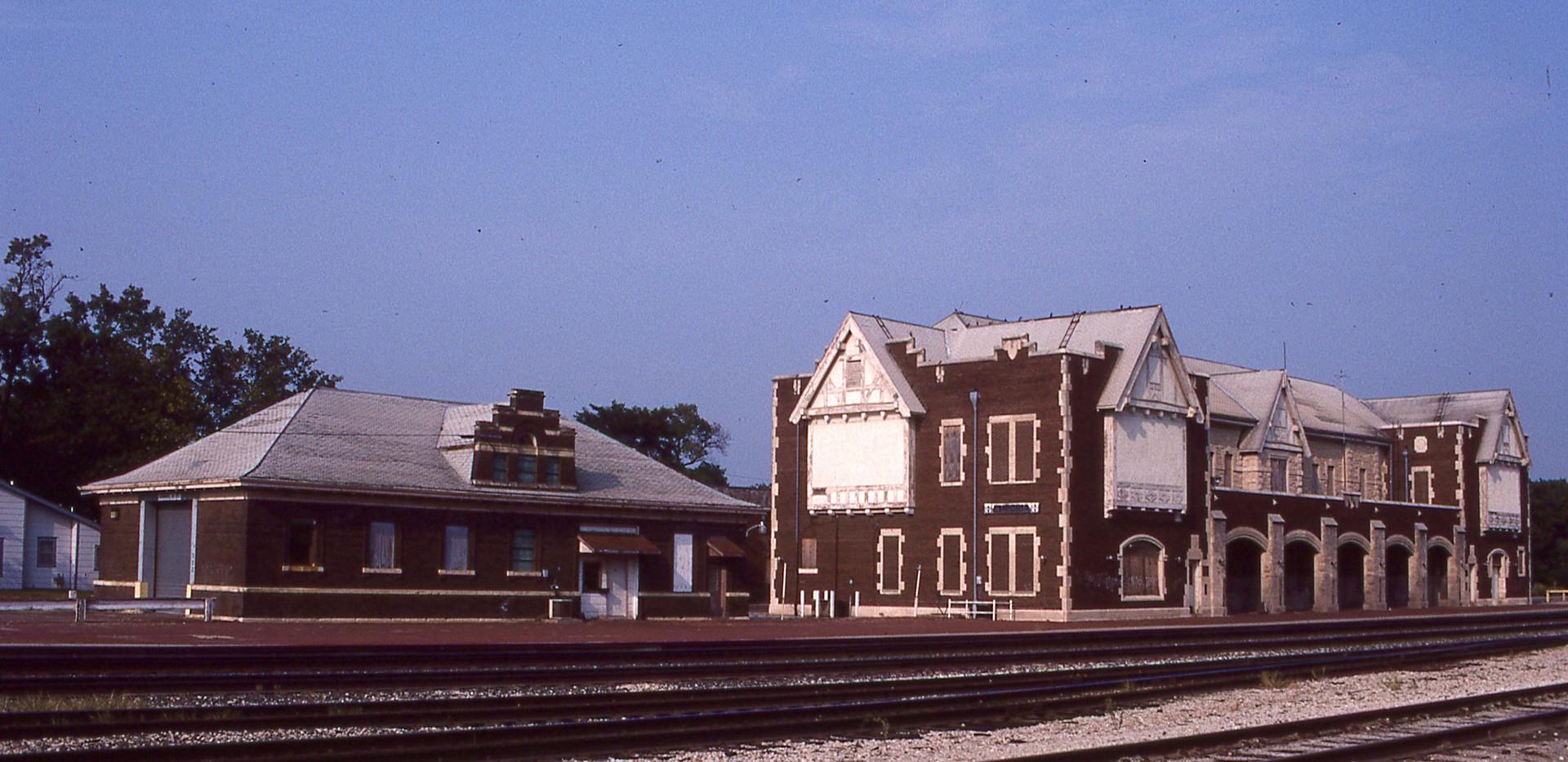 ATSF depot & freight house