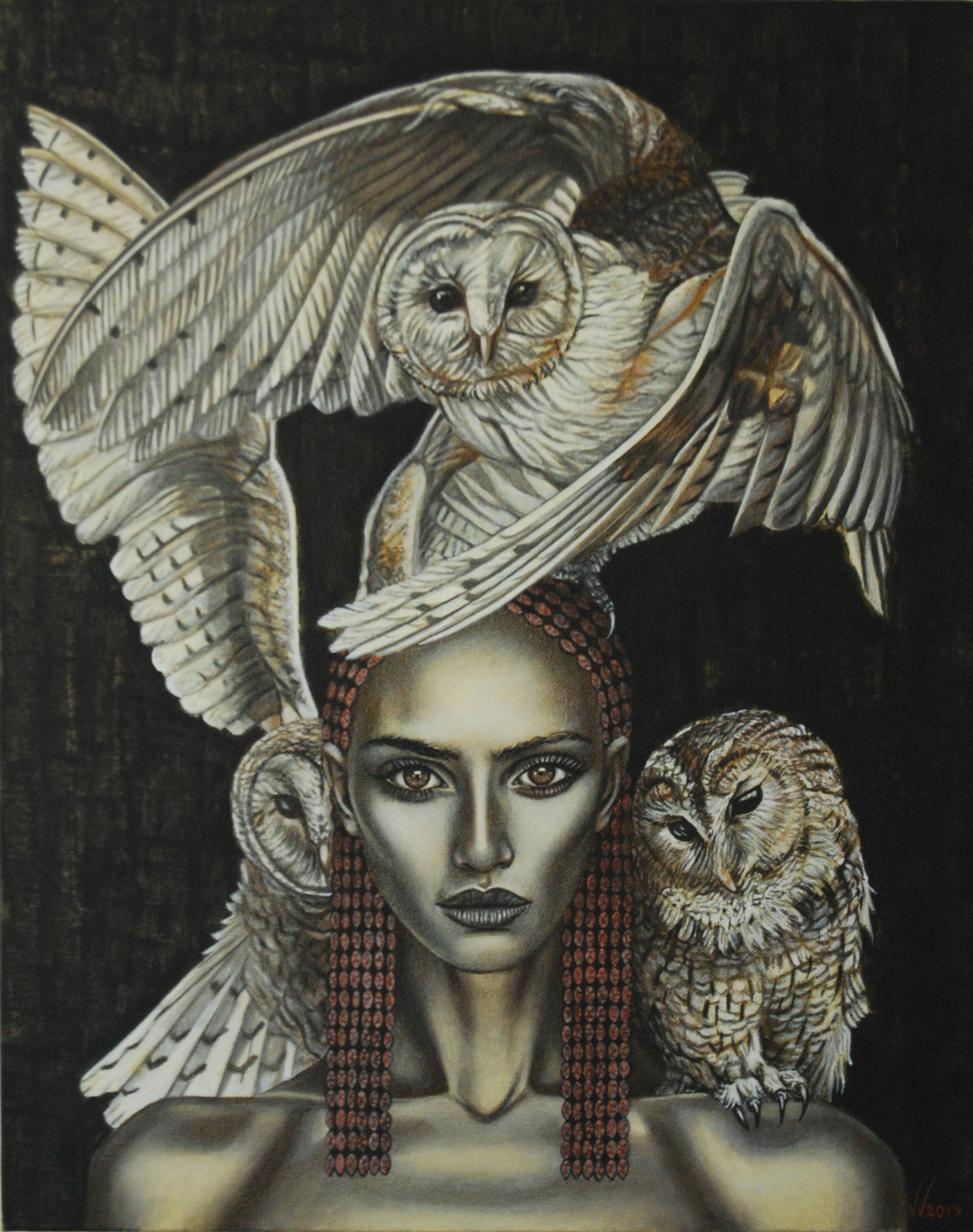 Queen with owls