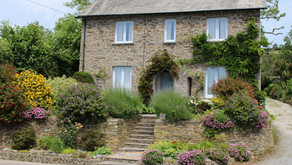 R2111 Garden Planning. What is The Cottage Garden Style?