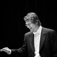 Martin conducting BW
