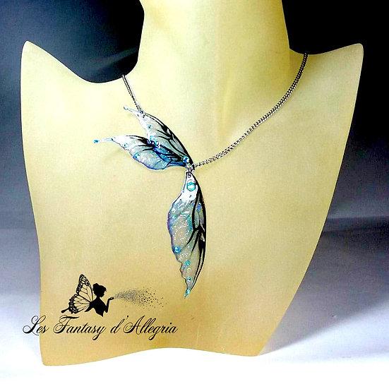 Bijoux collier ailes de fée elfe bleu à paillettes acier argenté aqua aura