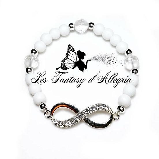 Bracelet en perles agate et cristal de roche symbole infini