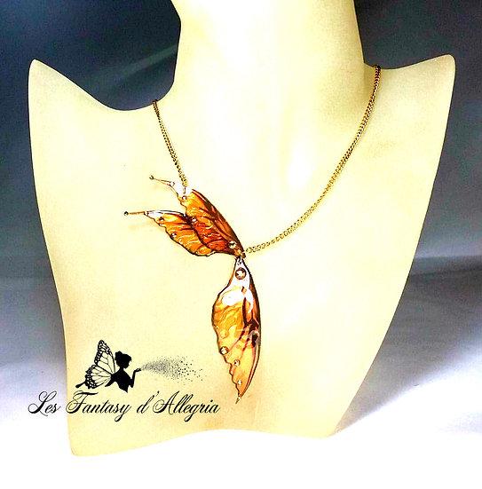 Bijoux collier ailes de fée elfe oranges à paillettes ambre malicieuse acier doré