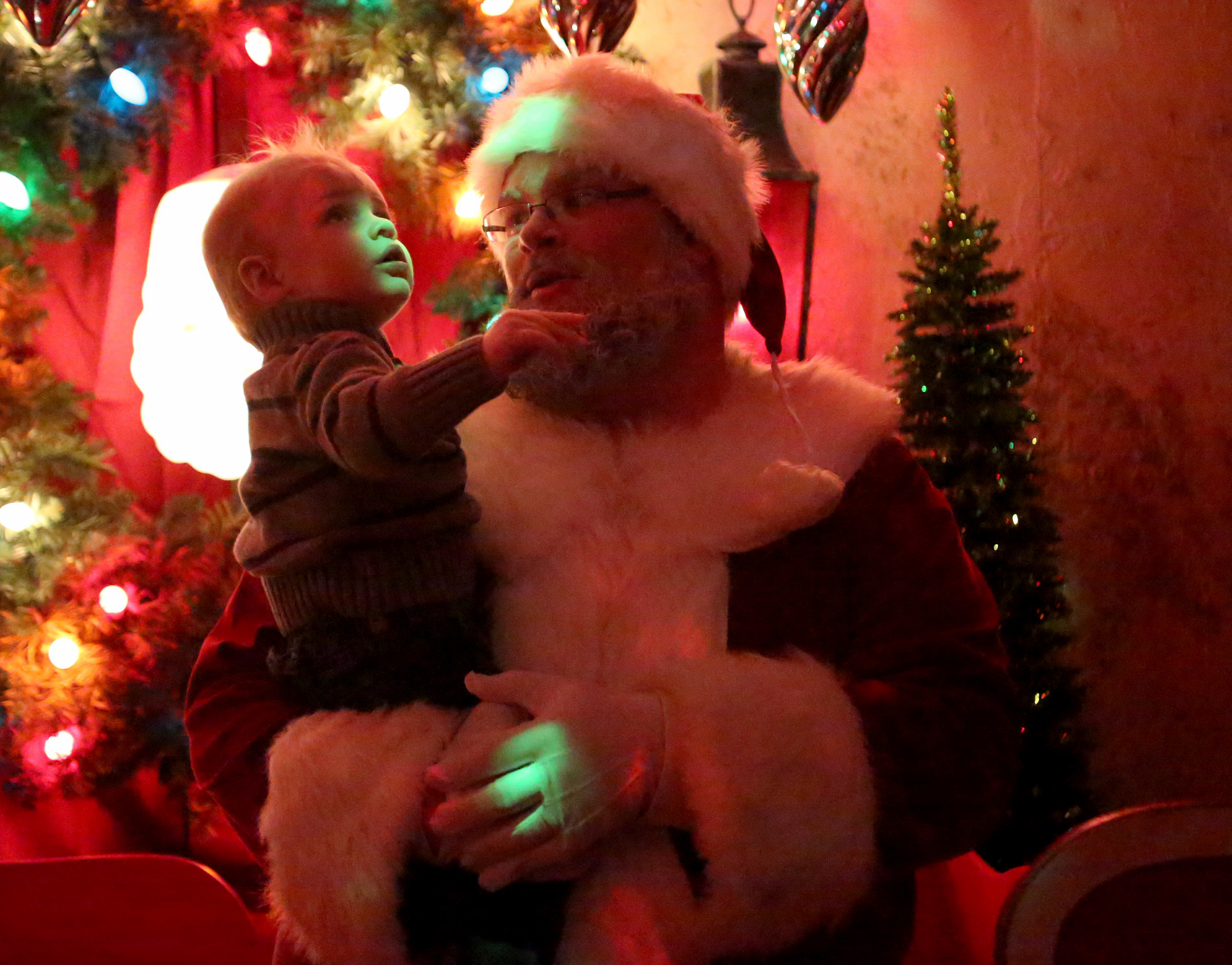 1206 Santa's Wonderland of Lights012