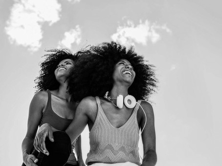 #ThisIsNotAPhase: 6 Things You Should Know Before Dating A Bi Girl
