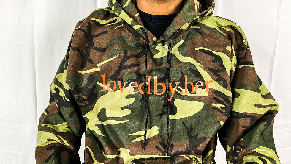 lovedby.her logo hoodie - camo