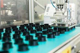stampaggio-di-materie-plastiche1.jpg