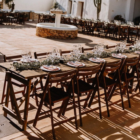 wooden ´picnic´ tables