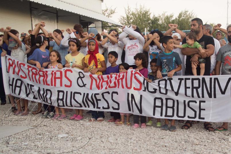 Protest-09.jpg