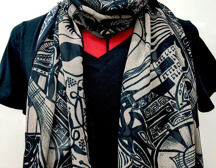 Ellie Shakiba - Sepia scarf polyester.jp