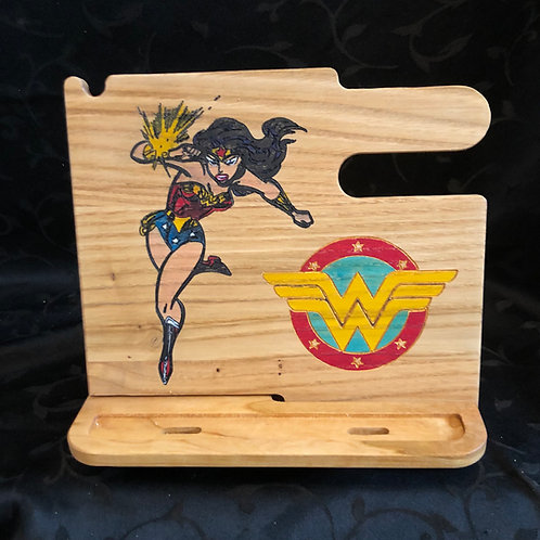 Wonder Woman Docking Station