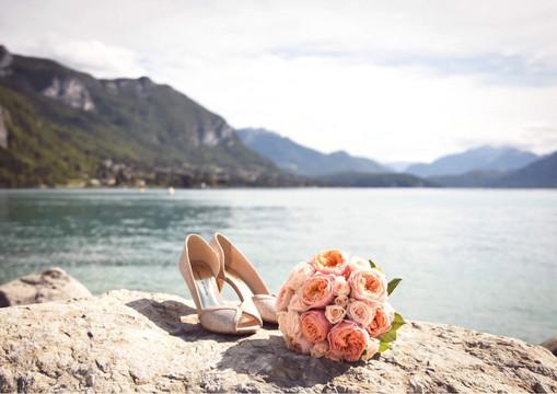 Bouquet Mariée au bord du lac