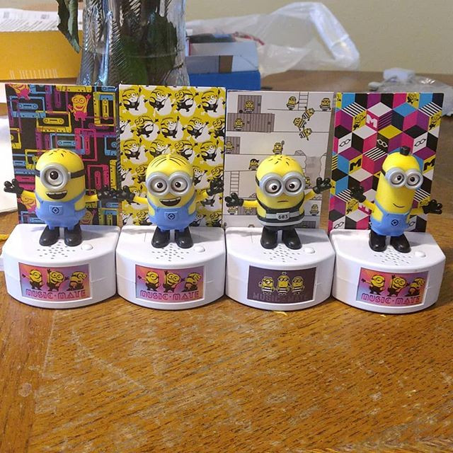 I fell in love with Minion's since Despicable Me. These are soooooo cool!!!!