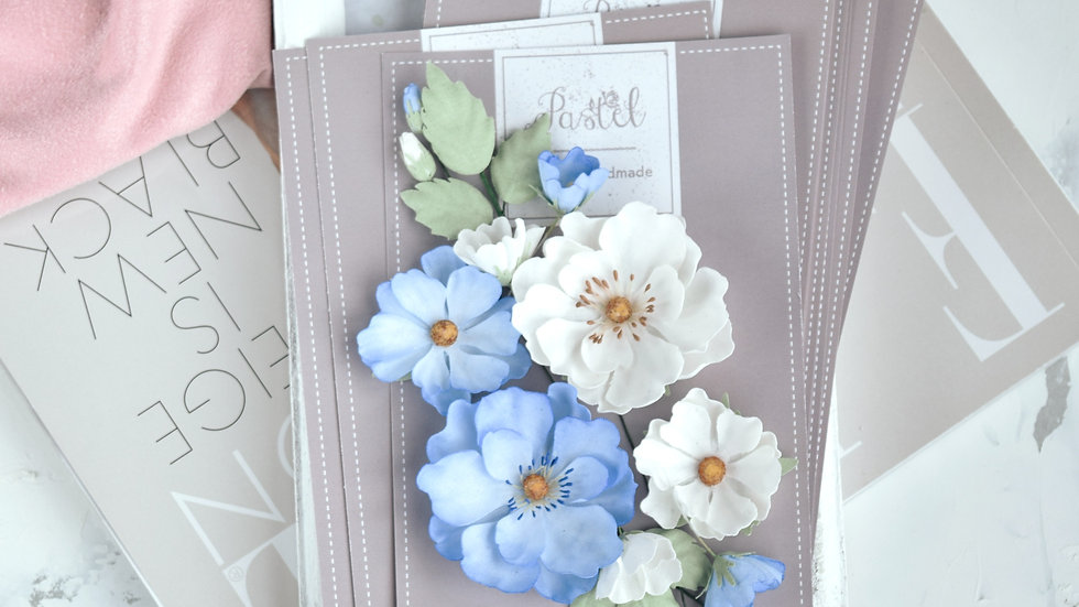 "Set of flowers ""Rosehip"" blue"