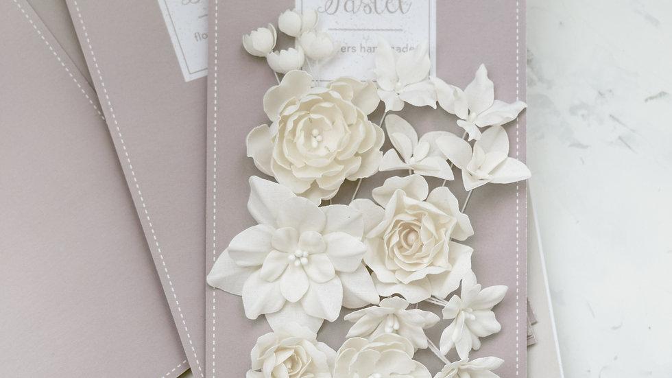 """Set of flowers """"Basic mix"""" beige"""