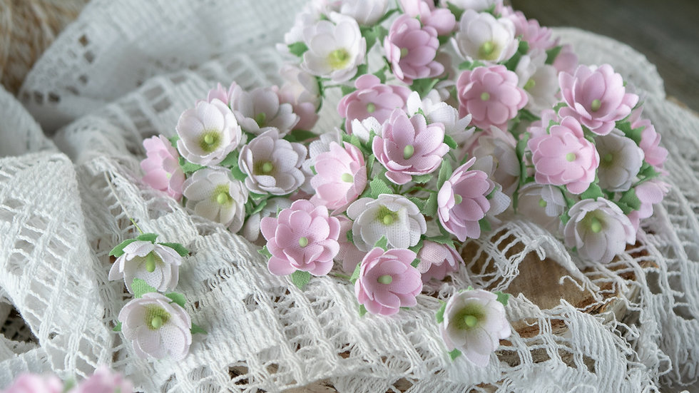Mini flowers pink 1 cm