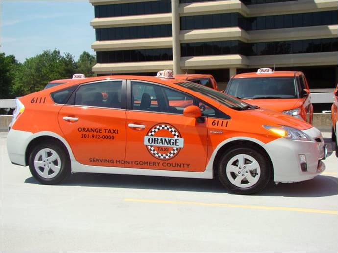 Toyota Prius Final product Orange Taxiiiii