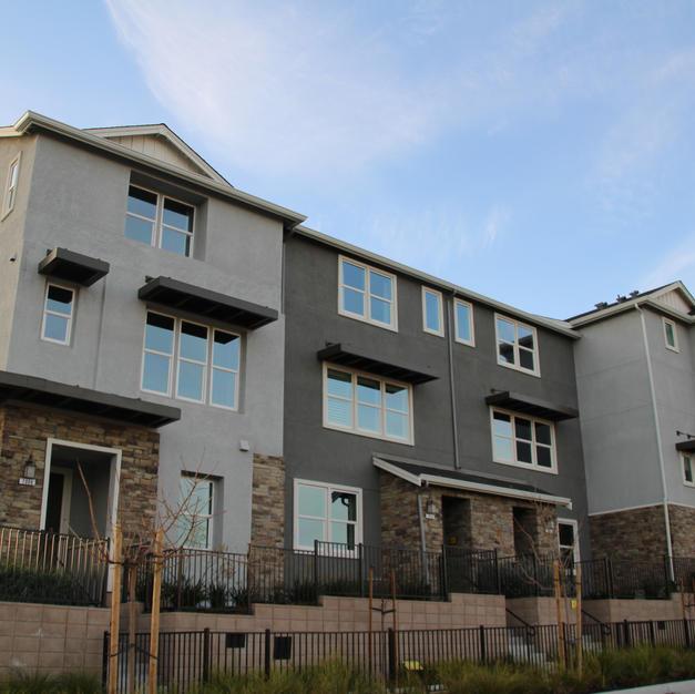 R-2 | Medium-Density Residential Townhomes