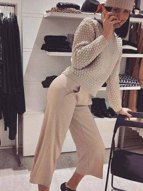 Pantaloni in gabardina crepe elasticizzato cipria modello