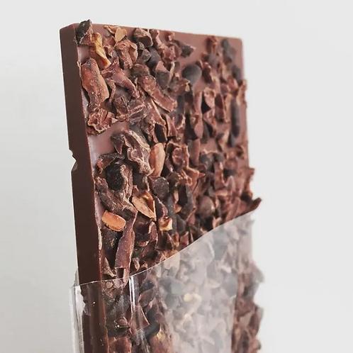 Chocolate 42% cacau com Nibs e Flor de Sal - 95g