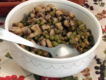 Calamari e Piselli in umido                         -イカとグリンピースの煮物-