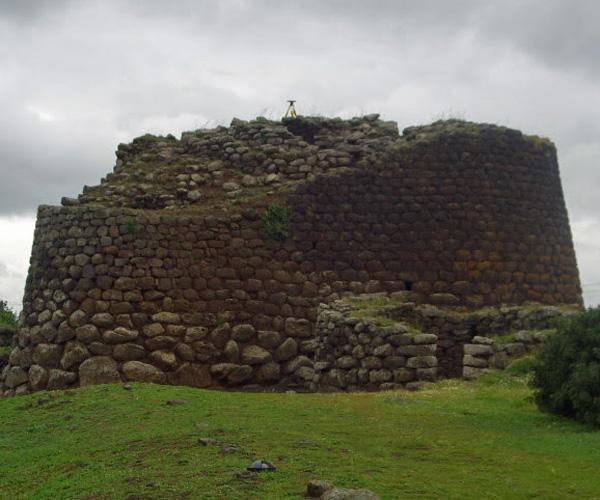Nuraghe-Losa1