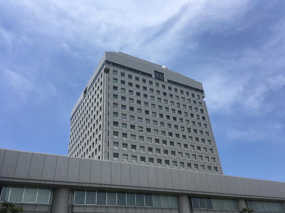 例年通り、新潟県庁にて。