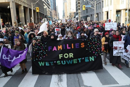 A demonstration in Toronto in support of the Wet'suset'en | Photo: The Toronto Sun