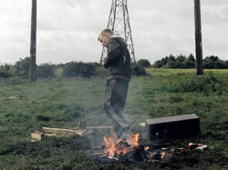 selfish-giant-the-2013-005-arbor-with-fire-in-front-of-pylons_1000x750.jpg