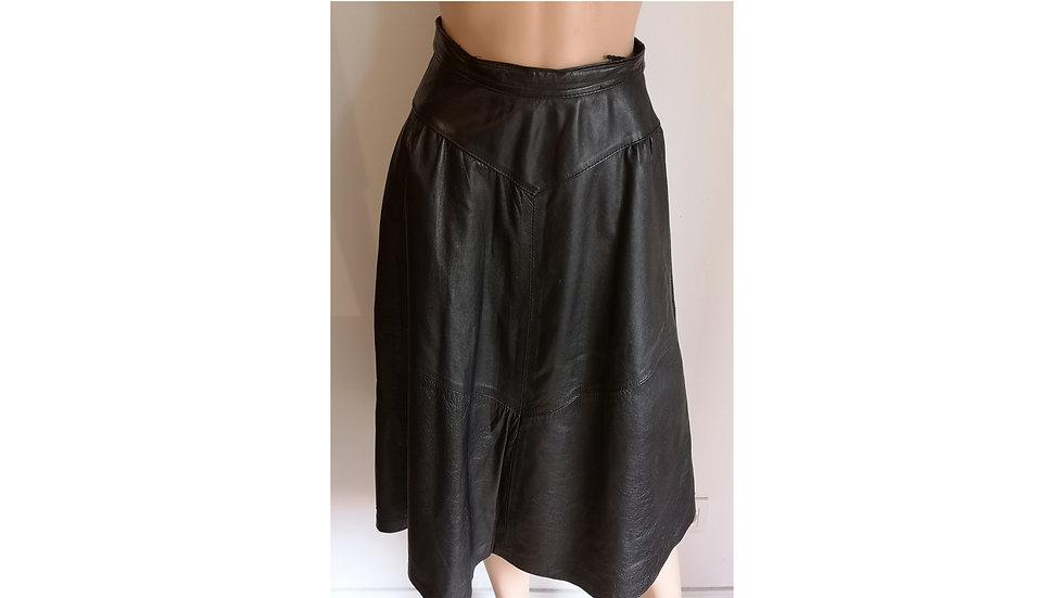 Jolie jupe vintage en cuir noir longueur midi