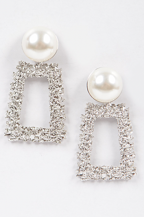 Hammered Earring W/pearl-Silver