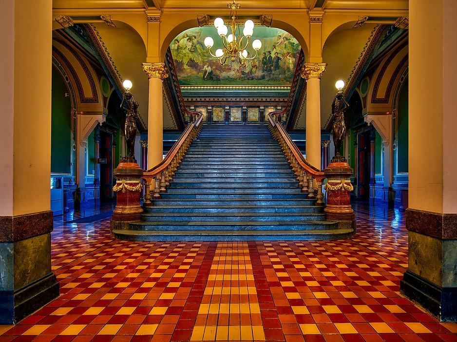 vintage-antique-mansion-interior-buildin