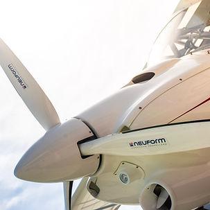 Flugschule Mengen, charter