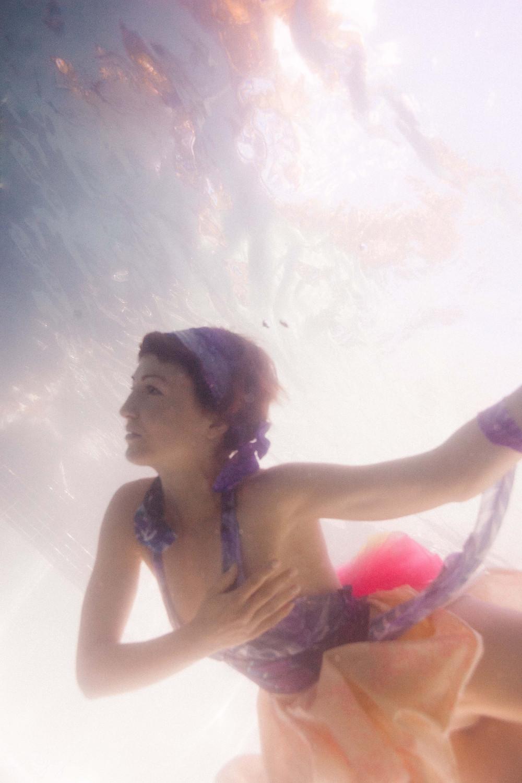 underwater photography, nude model, art nude, creative nude, mermaid, siren, erotic photography, sensual photography, dreamy, pisces, water
