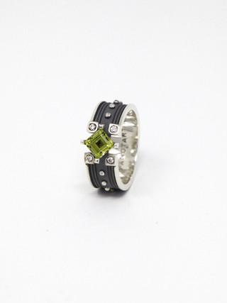 Flow Ring € 550