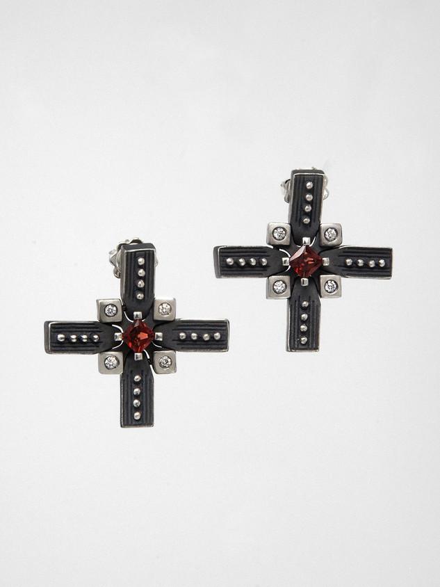 Cross II Red Earring € 800