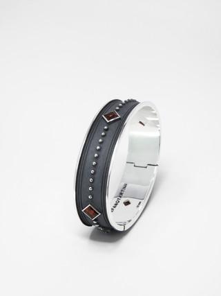 Fire Bracelet € 700