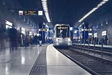 metro-2942353_1920.jpg