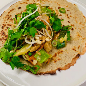 Crêpe thaï au poulet et petits légumes