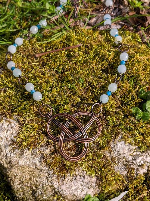 Celtic knot necklace: apatite