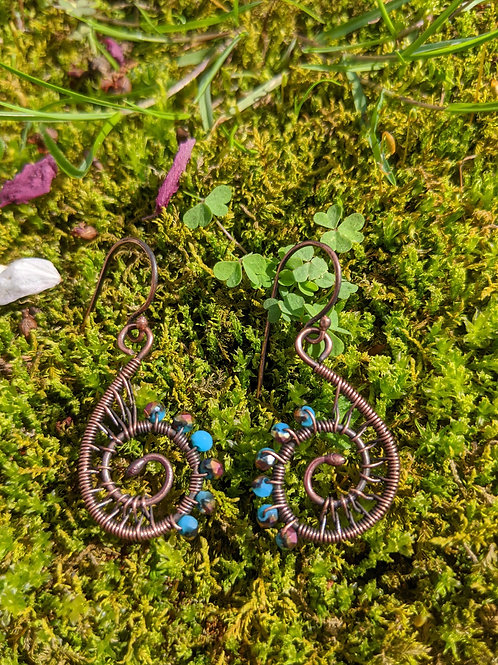 Small copper sprial earrings: turquoise