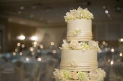 Pastel & ivory cake