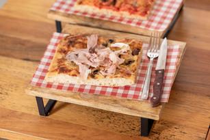 Pizza Cotto e Olive $10
